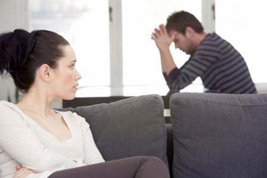 Có rất nhiều bi hài kịch diễn ra ngay sau đêm tân hôn, những tình huống dở khóc dở cười như thế này cũng khiến người trong cuộc phải đau đầu (Ảnh minh họa).